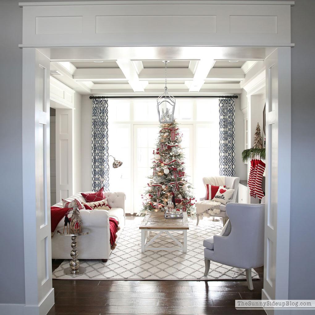 Christmas Home Tour! (Sunny Side Up)