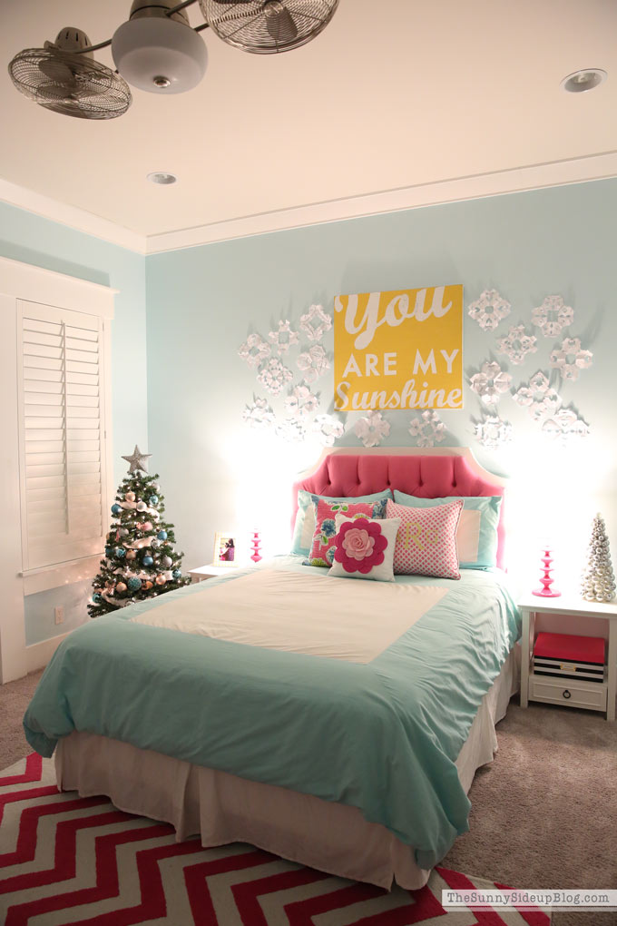 Pink and Blue Preteen Bedroom (Sunny Side Up)