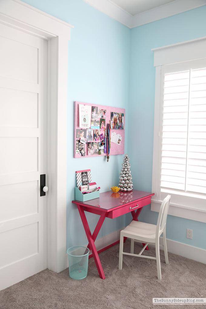 Pink Desk in Teen Room (Sunny Side Up)