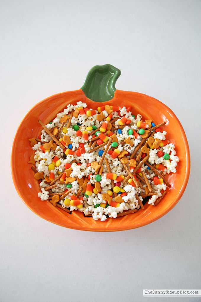 Easy Halloween Snack (Sunny Side Up)