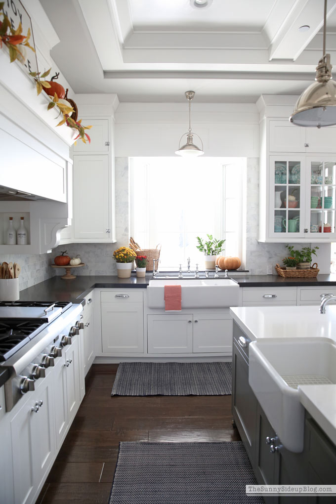 Fall Kitchen Decor (Sunny Side Up) #cofferedceiling #doubleislands