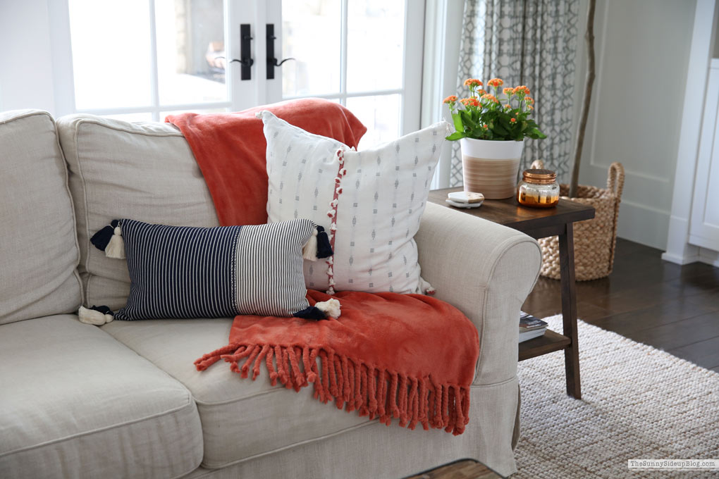 Family Room Fall Decor