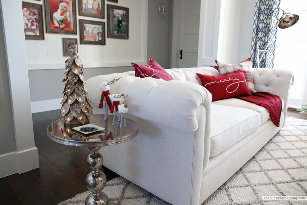 Christmas Gallery Wall (Sunny Side Up)