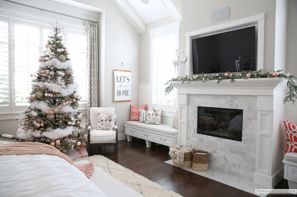 Master Bedroom Christmas Decor (Sunny Side Up)