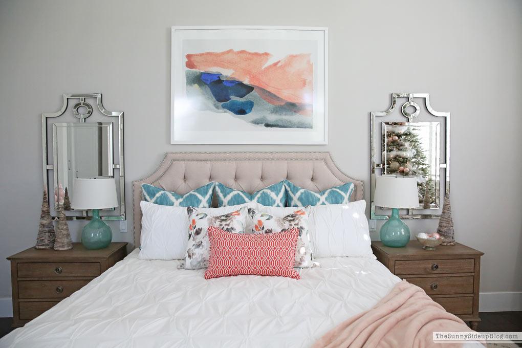 Master Bedroom Christmas Decor (Sunny Side Up)