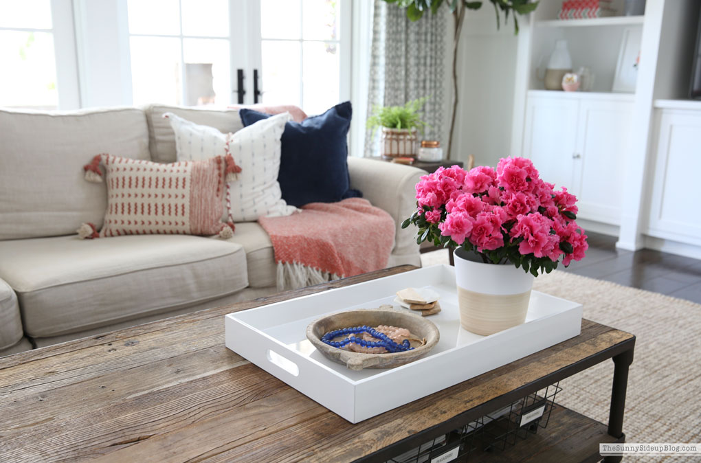 Spring/Summer Family Room Decor