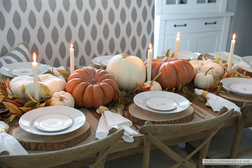 Thanksgiving Day Table and Ideas