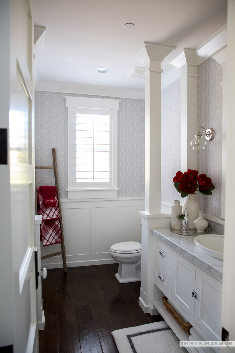 Christmas Bathroom (Sunny Side Up)