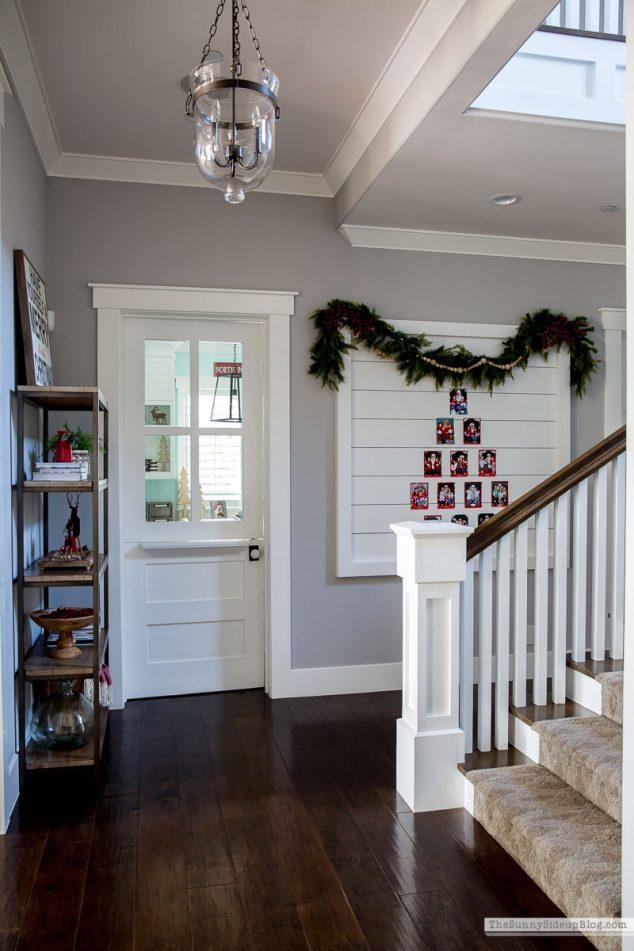 Christmas Card Display Wall (Sunny Side Up)