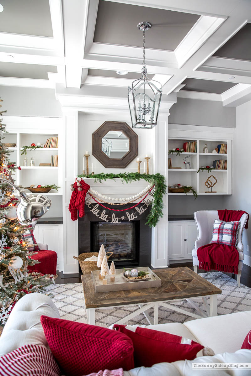 Living Room Christmas Decor (Sunny Side Up)