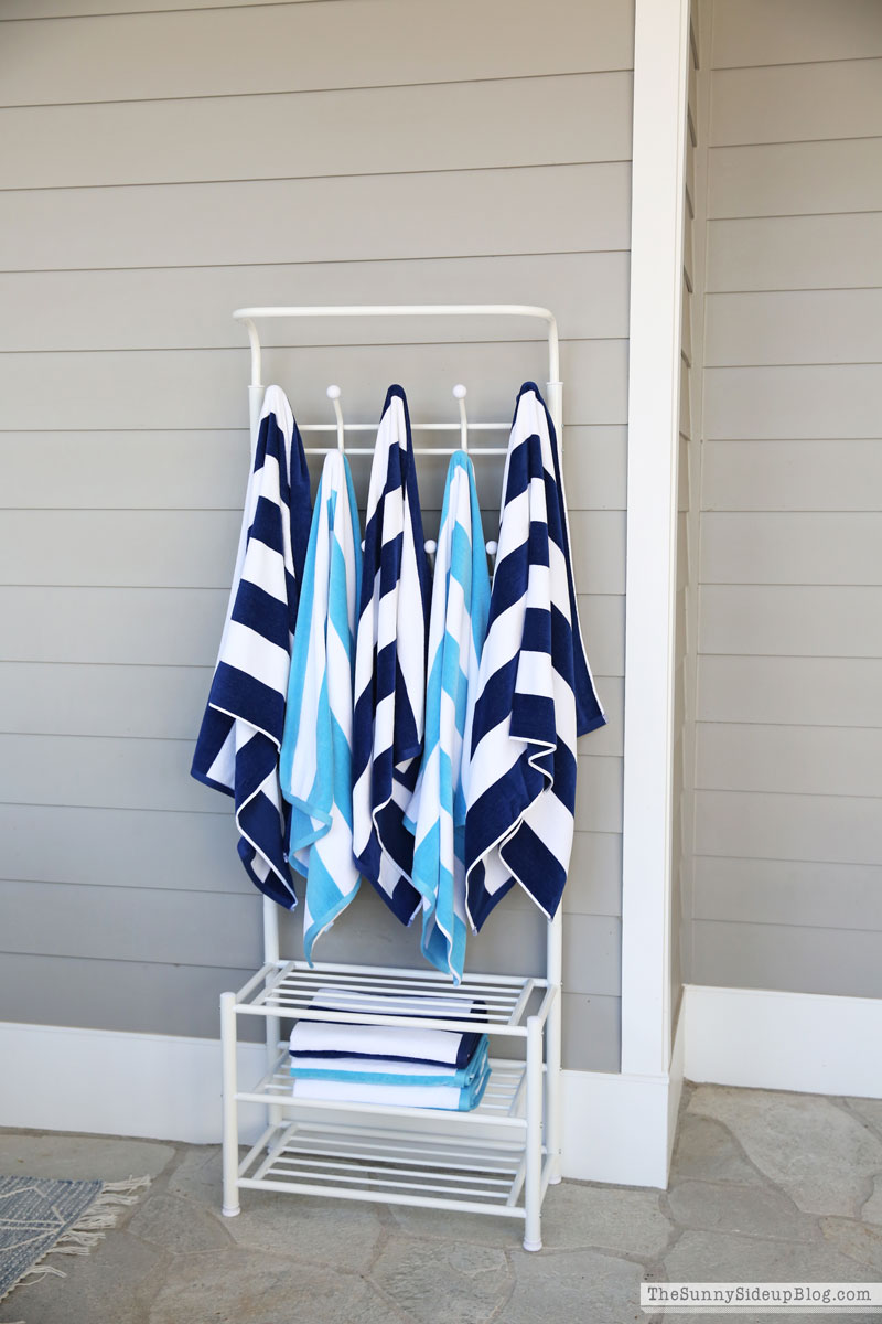 Pool Towel Rack The Sunny Side Up Blog, Outdoor Beach Towel Storage Ideas