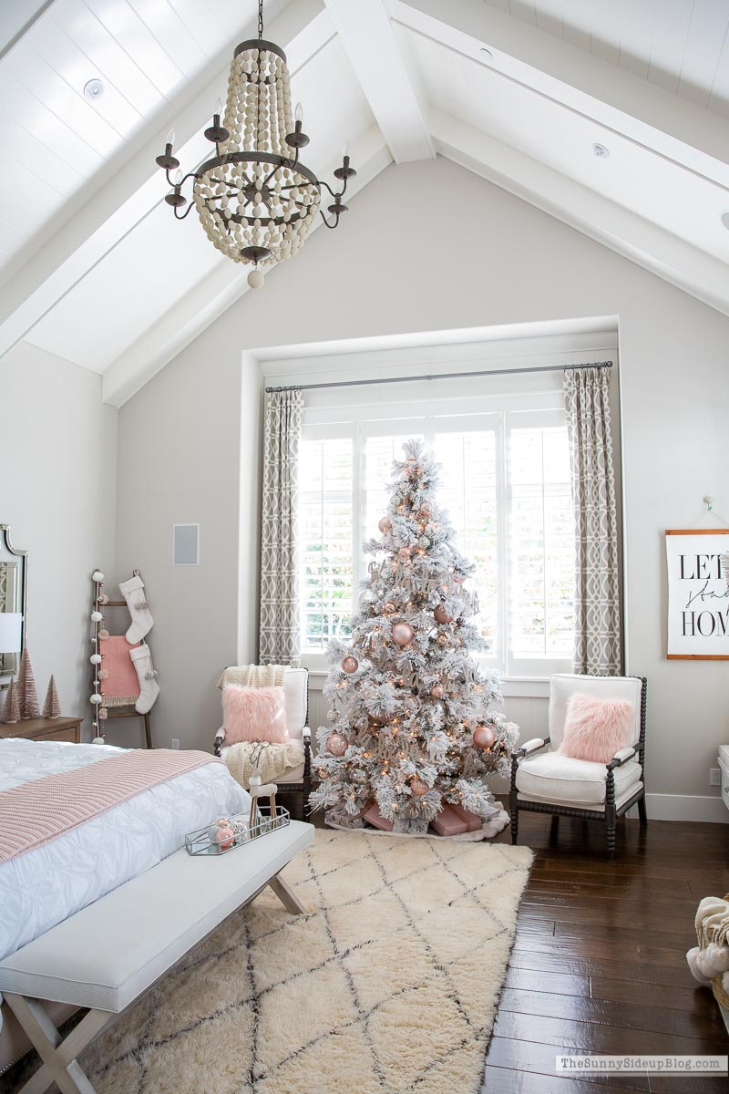 Bedroom Christmas Decor (Sunny Side Up)
