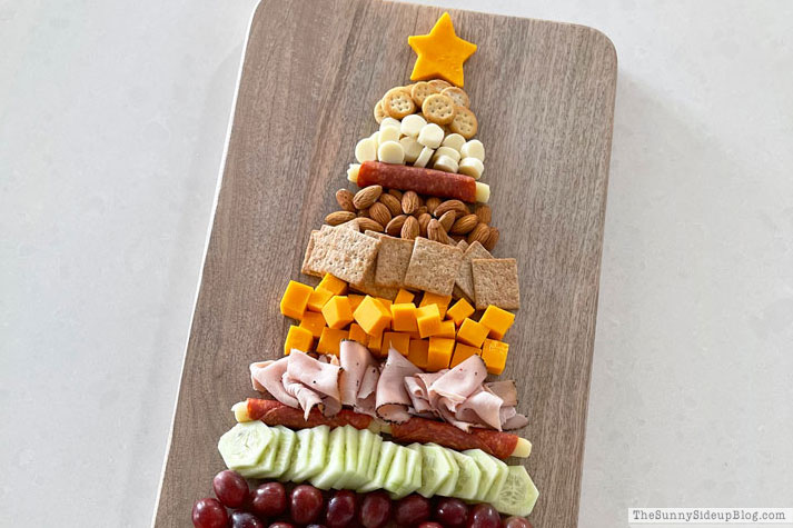 Cheese Boards & a Christmas Tree Snack