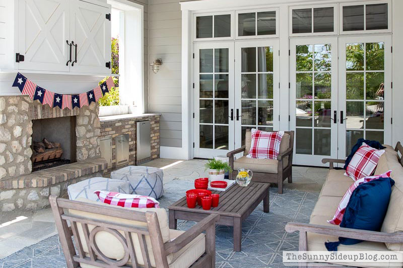 4th of July Decor & Outfits