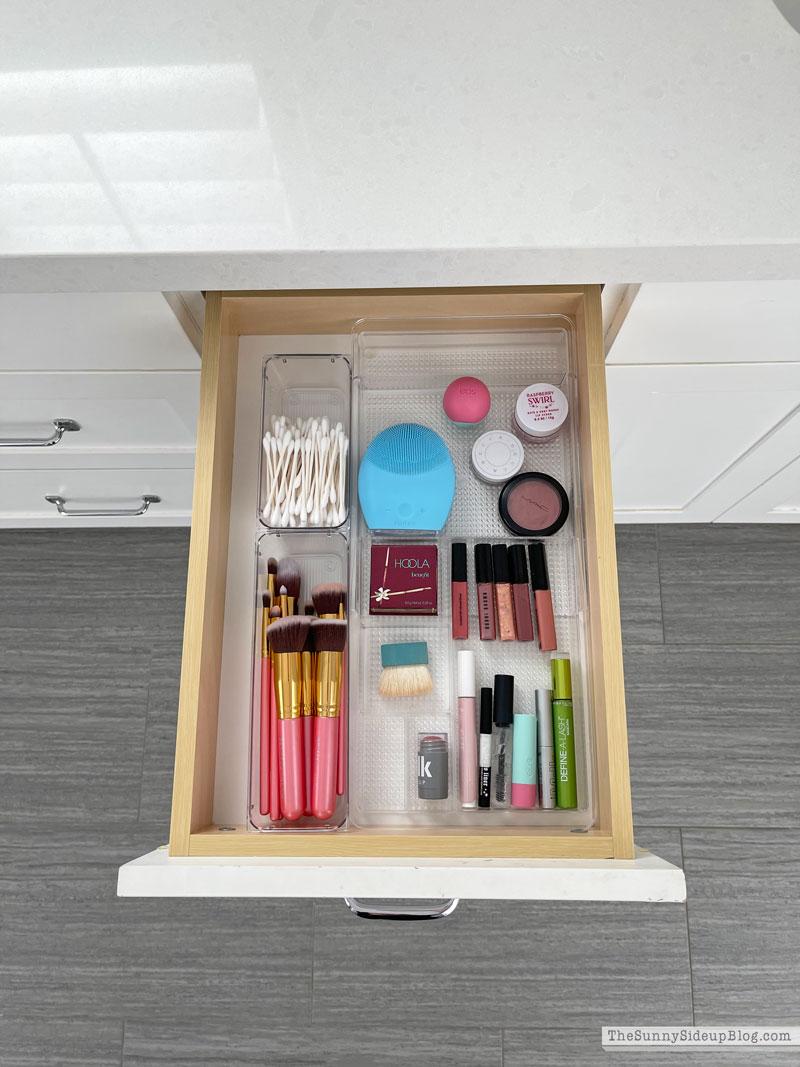 Organized bathroom drawers (Sunny Side Up)