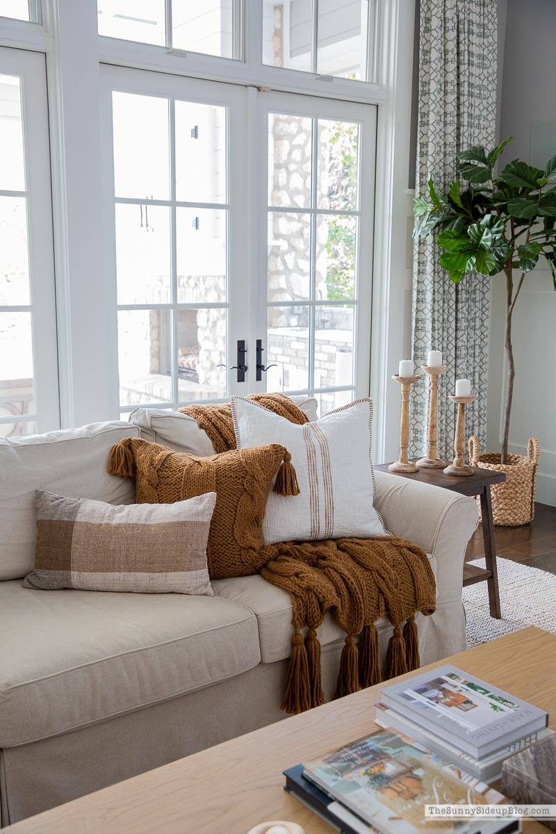 Fall Family Room Decor (Sunny Side Up)